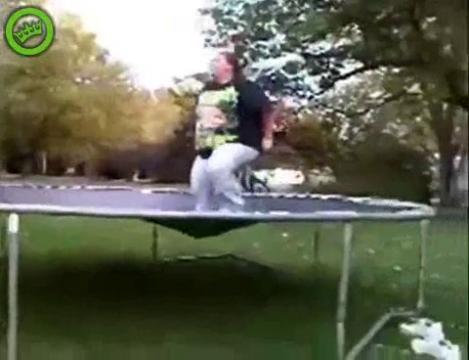 смотреть видео как прыгать на скакалке