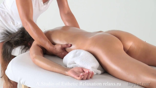 erotichnie-stihi-muzhu-skuchayu