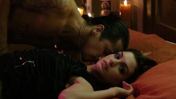Angelina jolie deepthroat