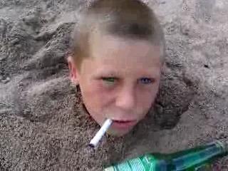 Автор: Alex. Как отучить малолетку от курения.
