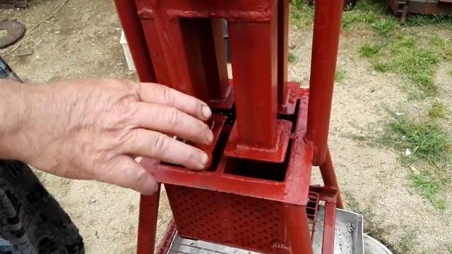 Пресс для топлива из опилок своими руками 49