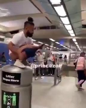 видео из общественного туалета мгу конце списка разместили