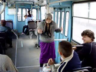 deret-v-avtobuse