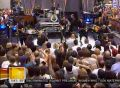 Bruce Springsteen - Radio Nowhere (Live On Today Show, Rockefeller Plaza Center, NYC, 28.09.2007)